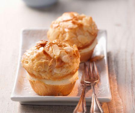 Mandel-Muffins mit Creme-Füllung