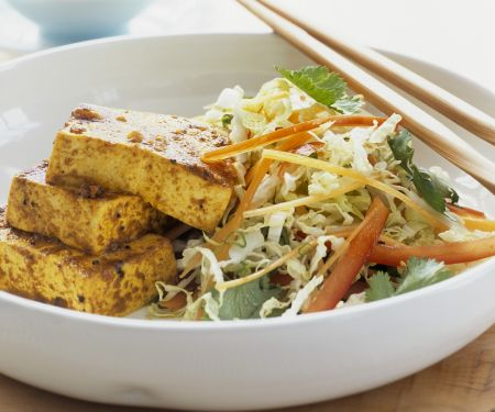 Marinierter Tofu mit Chinakohlsalat