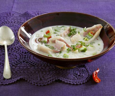 Meerbarbe in Kokossuppe