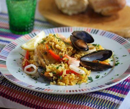 Meeresfrüchte-Paella mit Hähnchen