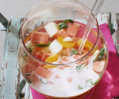 Melonen-Aprikosen-Bowle