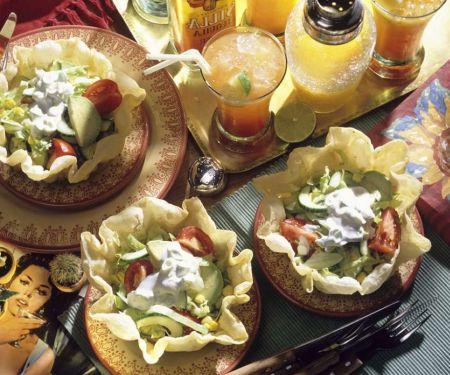 Mexikanischer Eisberg-Avocadosalat