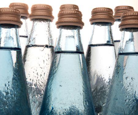 Mineralwasser-Flaschen