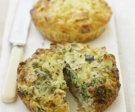 Mini-Quiches mit Brokkoli