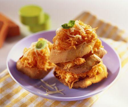 Möhren-Käse-Crostini