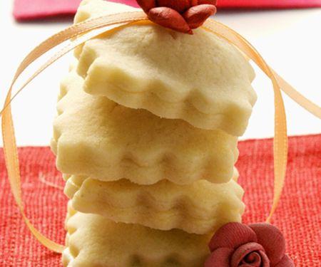 Mürbteigplätzchen mit Marzipan