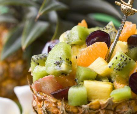 Obstsalat in der Ananas