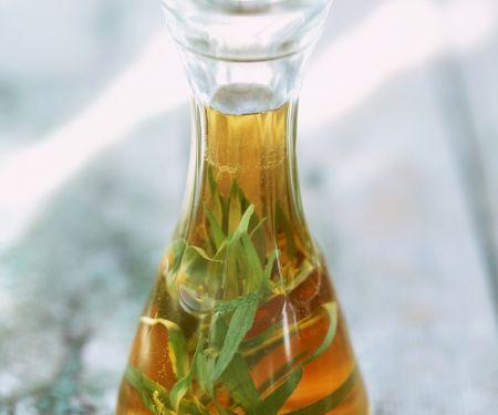 Öl mit Estragon
