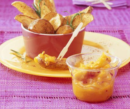 Ofenkartoffeln mit Mango-Chili-Dip