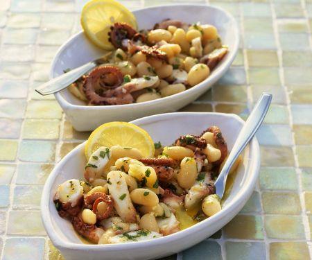 Oktopussalat mit weißen Bohnen