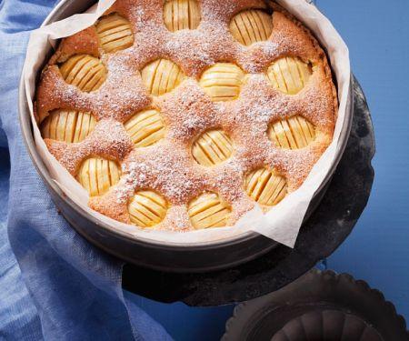 Omas Apfelkuchen mit Rührteig