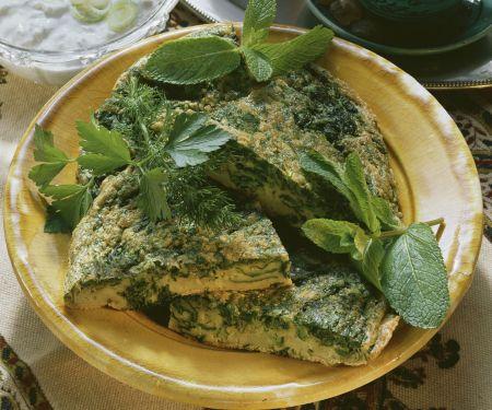 Omelett auf arabische Art mit Kräutern und Joghurtsoße
