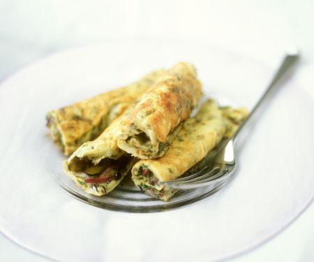 Omelett mit Zwiebeln und Oliven