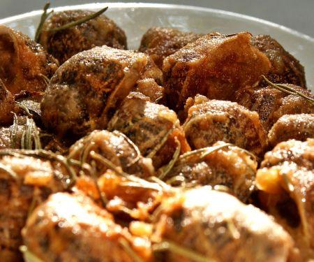 Panierte Weinbergschnecken auf griechische Art