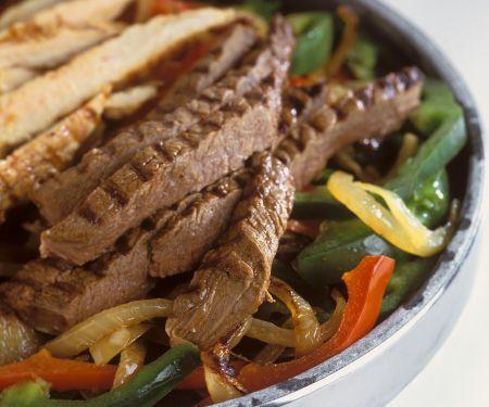 Paprikagemüse mit Rind- und Hähnchenfleisch