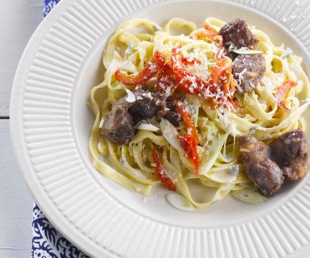Pasta mit Gorgonzola und Hähnchenleber
