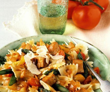 Pasta mit Hähnchen und Gemüse