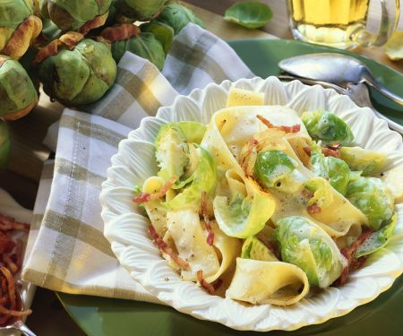 Pasta mit Rosenkohl und Speck