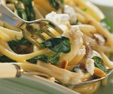 Pasta mit Spinat und Ricotta