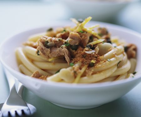 Pasta mit Thunfisch-Zitronen-Soße