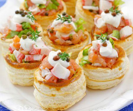 Pastetchen mit Räucherlachs und Surimi