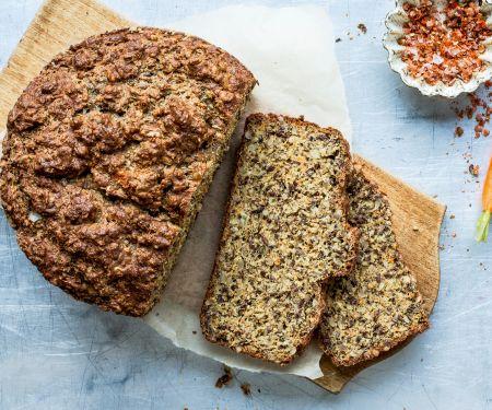 Pikantes Möhren-Eiweiß-Brot