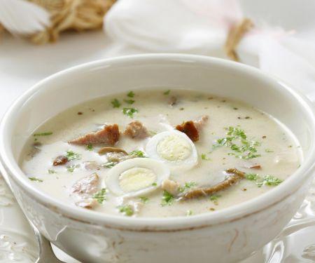 Polnische Suppe mit Wurst und Wachteleiern (Zurek)