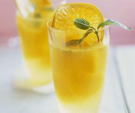Punsch mit Tangerine und Minze