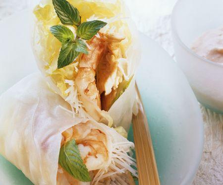 Putenröllchen im Reispapier mit Garnele