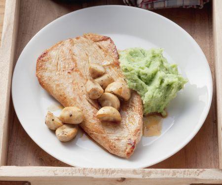 Putensteak mit Bärlauch-Kartoffel-Püree