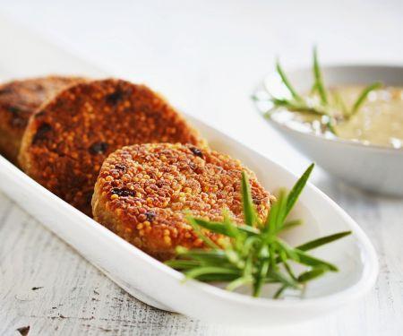 Quinoa-Puffer mit cremiger Pilzsauce