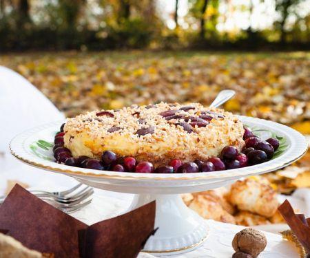 Qurk-Nusstorte mit Cranberries