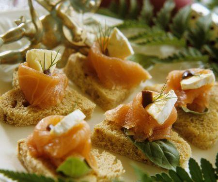 Räucherlachs-Käse-Häppchen
