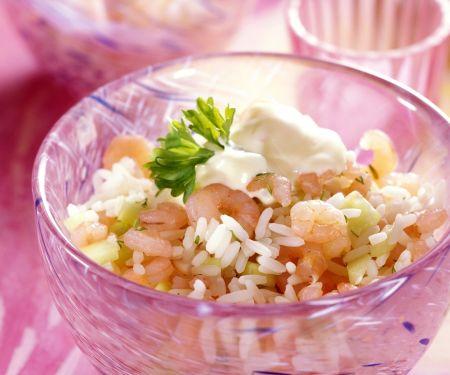 Reis-Gurken-Salat mit Crevetten