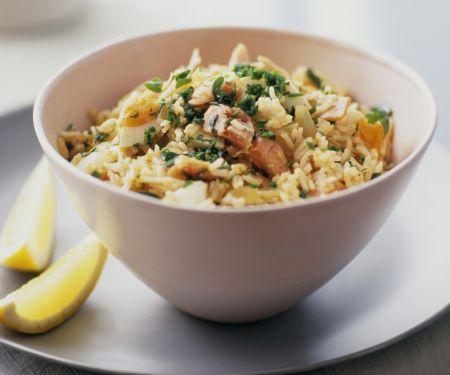 Reispfanne mit Fisch auf englisch-indische Art (Kedgeree)