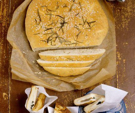 Rosmarin-Brot mit Mozzarella