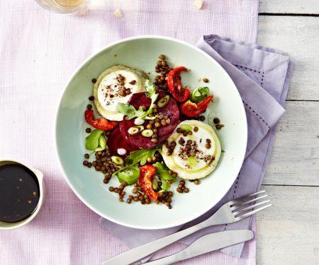 Rote Bete Salat mit Linsen und Ziegenkäse