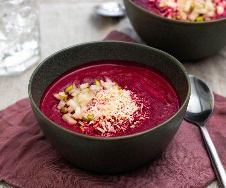 Rote Bete-Suppe mit Kokos, Birne und Zimt