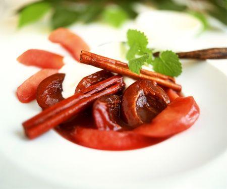 Rotwein-Früchte mit Joghurt