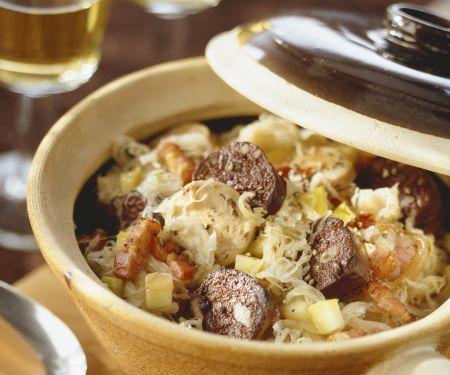 Rotwurst mit Sauerkraut