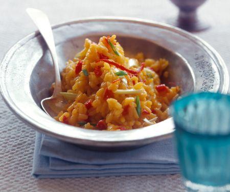 Safran-Risotto mit getrockneten Tomaten