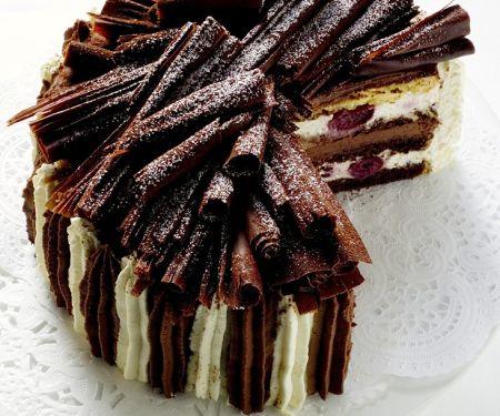 Sahne-Schoko-Kirsch-Torte