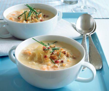 Sauerkrautsuppe mit Croûtons