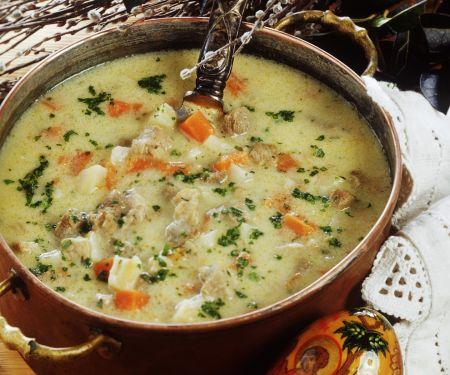 Saure Lamm-Gemüse-Suppe zu Ostern