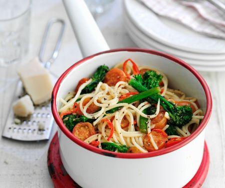 Scharfe Nudeln mit Gemüse