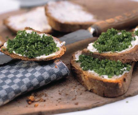 Schnittlauch-Brote