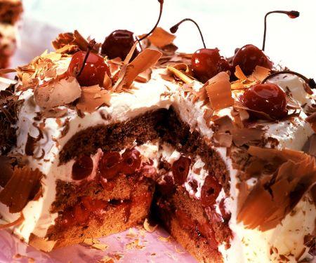 Schoko-Kirsch-Sahne-Torte