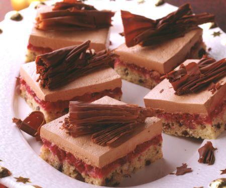 Schokoladen-Preiselbeer-Schnitten