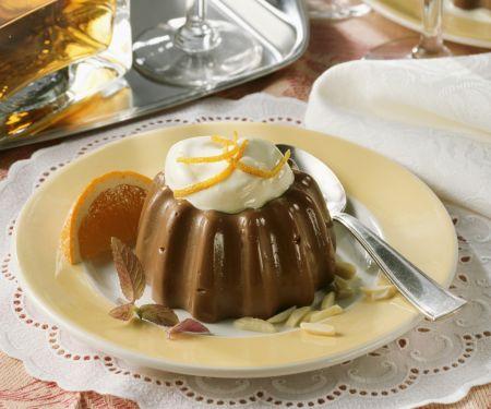 Schokopudding mit Mandeln und Orangencreme
