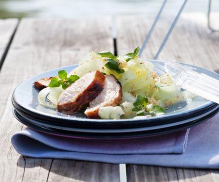 Schweinefleisch vom Grill mit Gemüse